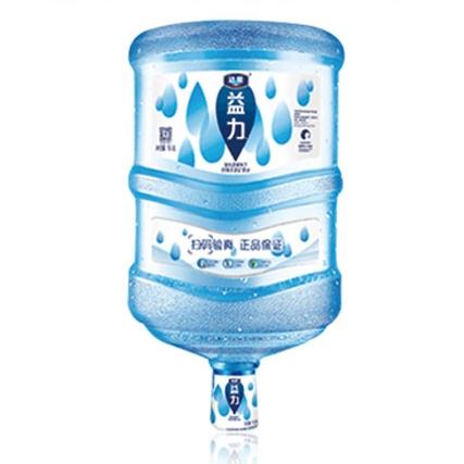 矿泉水含量达标才能保证市民们的饮水健康需要 益力天然矿泉水